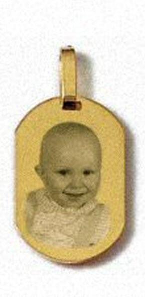 Petite médaille rectangle arrondi Plaqué or.